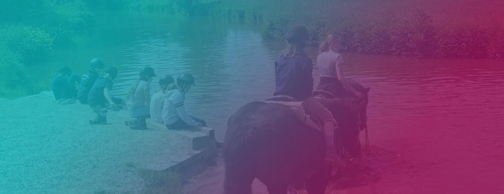 Wahlfach Reiten: Mit den Pferden in die Vils